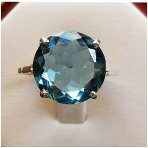 6ct Round Blue Topaz Solitaire Ring Size 6.5